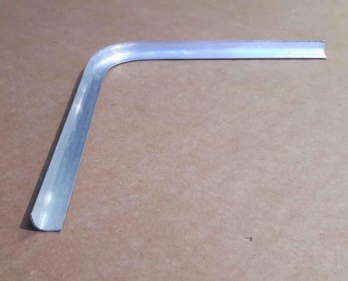 16 Cornice alluminio