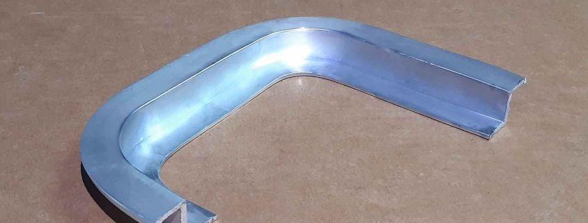 24 Profilo finestre alluminio